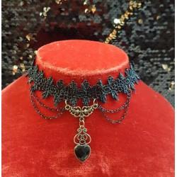 Collier coeur gothique
